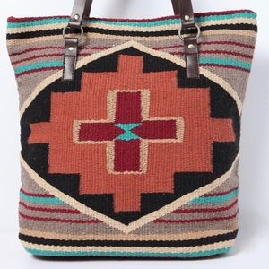 Handbags - Gorgeous tribal print high quality shoulder bag